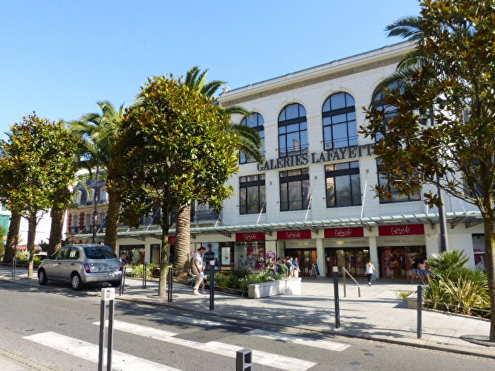 Local commercial Biarritz Clemenceau