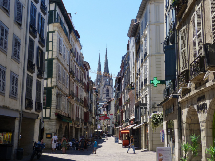 Local commercial Bayonne 120m²